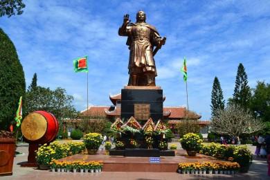 Khám phá Bình Định - Đất võ trời văn