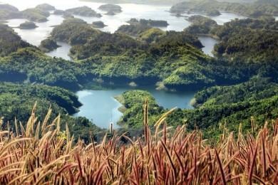 Khám Phá Vịnh Hạ Long của Tây Nguyên: Đắk Nông - Tà Đùng
